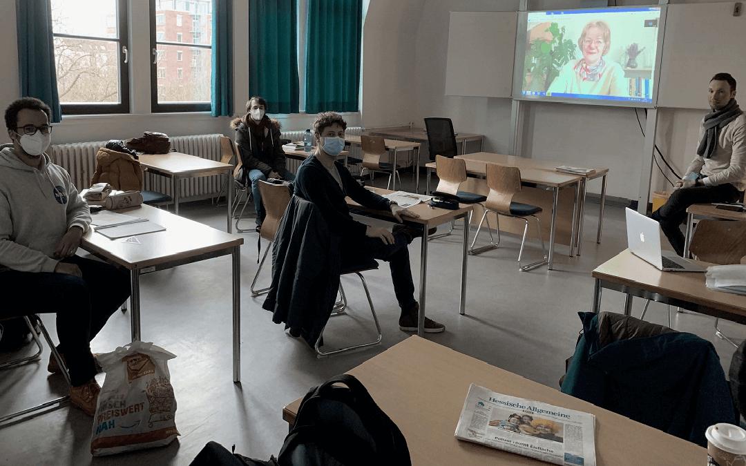 Zeitung und Digitalität – Einblicke und Ausblicke mit der Kulturredakteurin Bettina Fraschke (HNA)